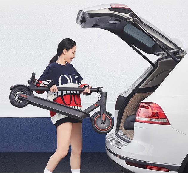 Xiaomi Mi Electric Scooter Pro - wkładana do bagażnika samochodu
